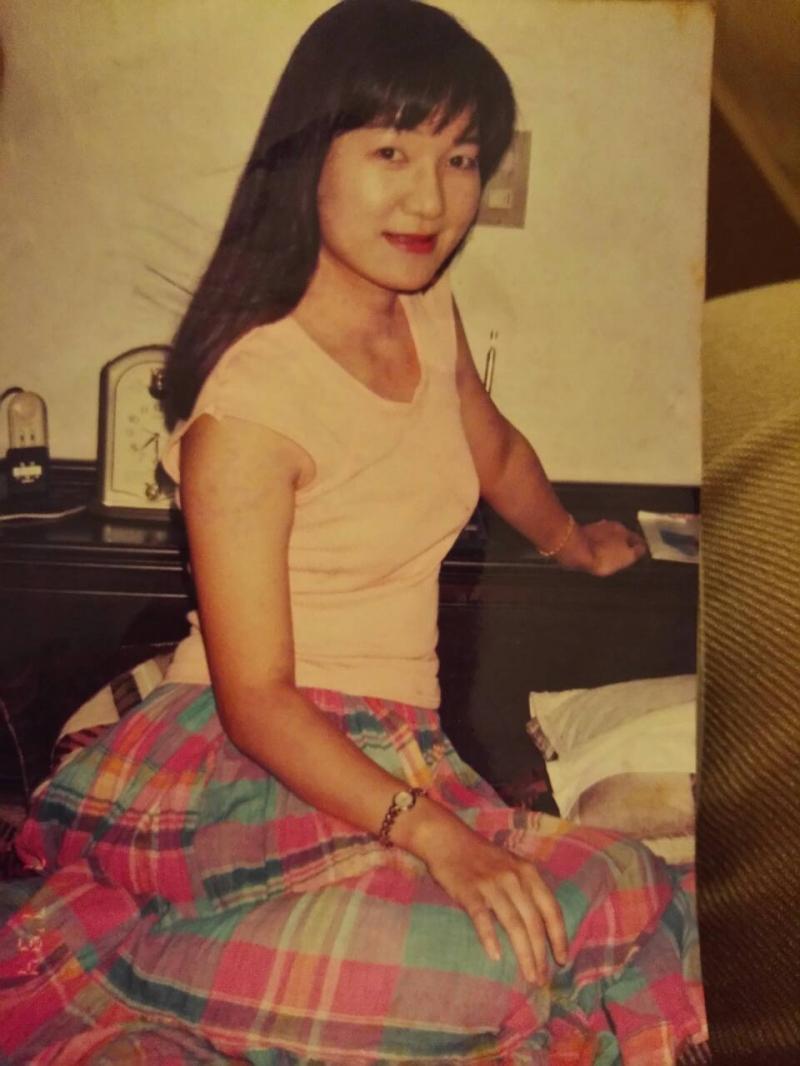 出卖妈妈_柬埔寨17岁女孩揭卖身血泪史妈妈出卖了我的