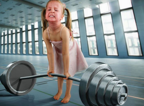 世界最萌女孩!瑞士父亲PS女儿照片塑造奇幻世
